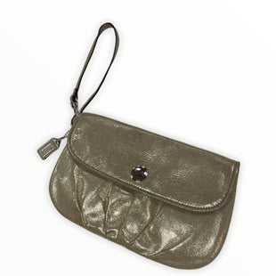 Primary Photo - BRAND: COACH STYLE: WRISTLET COLOR: GOLD SKU: 190-190140-22782