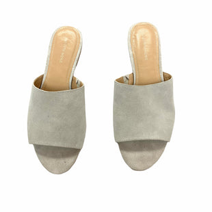 Primary Photo - BRAND: SAKS FIFTH AVENUE STYLE: SANDALS FLAT COLOR: TAUPE SIZE: 8 SKU: 190-190140-20922