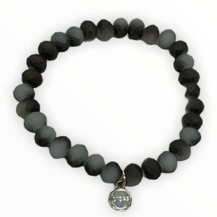 Primary Photo - BRAND:   LIZASSTYLE: BRACELET COLOR: GREY OTHER INFO: LIZAS - SKU: 190-190125-40562