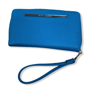 Primary Photo - BRAND: STEVE MADDEN STYLE: WRISTLET COLOR: TEAL SKU: 190-190106-52886
