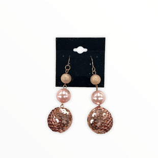 Primary Photo - BRAND:    CLOTHES MENTOR STYLE: EARRINGS COLOR: PINK SKU: 190-190140-23657