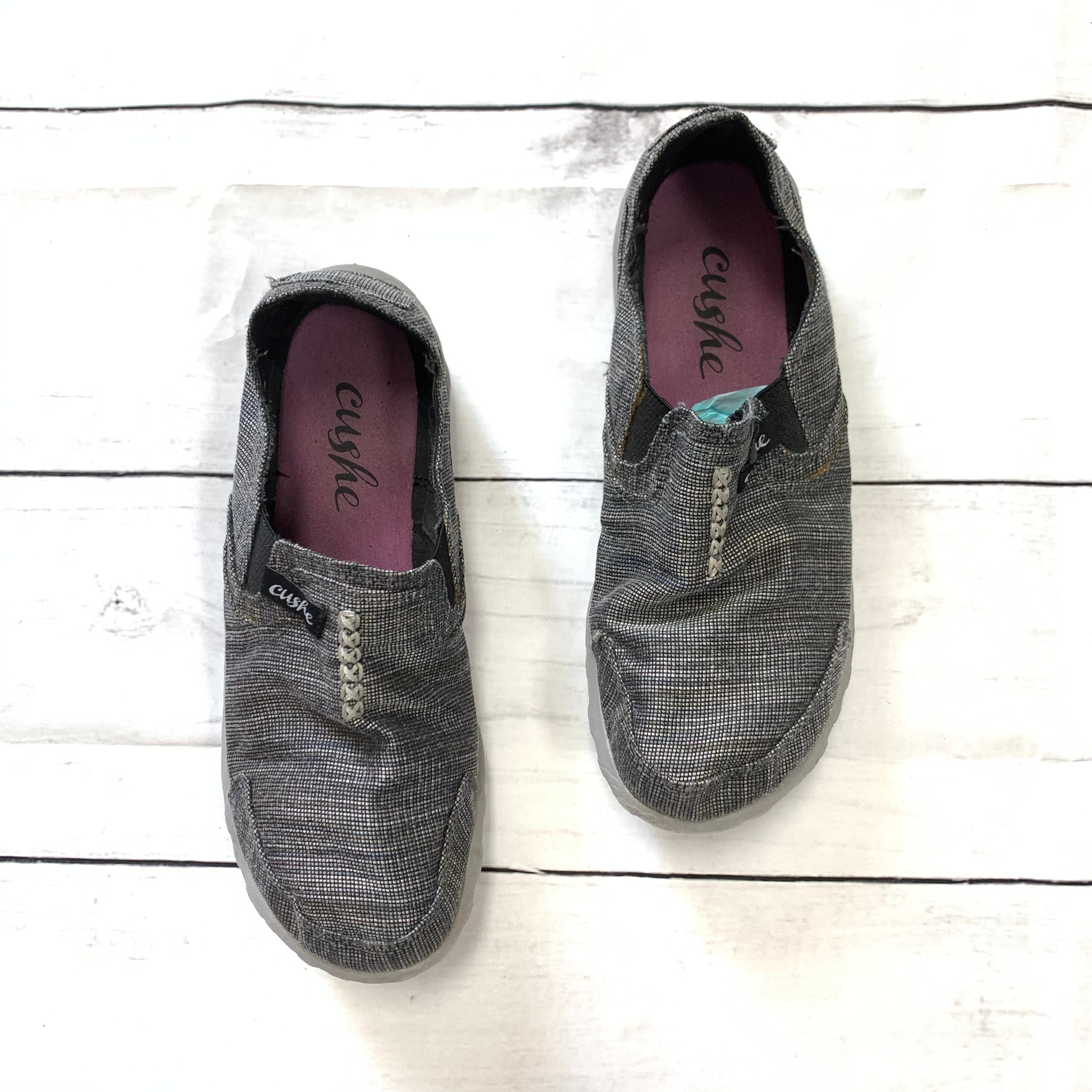 Primary Photo - BRAND:    CLOTHES MENTOR <BR>STYLE: SHOES ATHLETIC <BR>COLOR: GREY <BR>SIZE: 8 <BR>OTHER INFO: CUSHE - <BR>SKU: 190-190140-16822