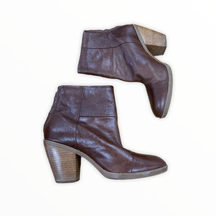 Primary Photo - BRAND: BANDOLINO STYLE: BOOTS ANKLE COLOR: BROWN SIZE: 7.5 SKU: 190-19060-45952