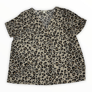 Primary Photo - BRAND: DANA BUCHMAN STYLE: TOP SHORT SLEEVE COLOR: ANIMAL PRINT SIZE: 1X SKU: 190-190140-24145