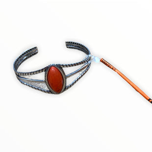 Primary Photo - BRAND:    CLOTHES MENTOR STYLE: BRACELET COLOR: ORANGE SKU: 190-190106-55265