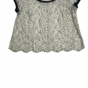 Primary Photo - BRAND: TORRID STYLE: TOP SHORT SLEEVE COLOR: WHITE BLACK SIZE: 2X SKU: 190-190125-40379