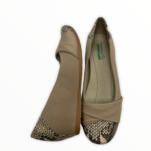 Primary Photo - BRAND: BARE TRAPS STYLE: SHOES FLATS COLOR: TAN SIZE: 8.5 SKU: 190-190125-35602