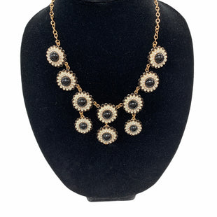 Primary Photo - BRAND:    NECKLACE STYLE: NECKLACE COLOR: BLACK WHITE SKU: 190-190106-50713