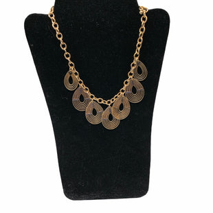 Primary Photo - BRAND:    NECKLACE STYLE: NECKLACE COLOR: GOLD SKU: 190-19060-48670