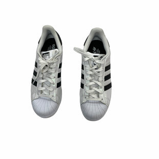Primary Photo - BRAND: ADIDAS STYLE: SHOES ATHLETIC COLOR: WHITE BLACK SIZE: 8.5 SKU: 190-19060-48727