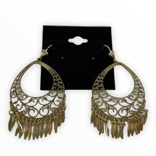 Primary Photo - BRAND:    STYLE: EARRINGS COLOR: GOLD SKU: 190-190140-22773
