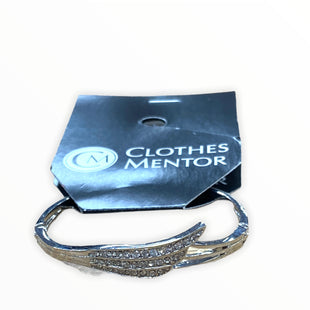 Primary Photo - BRAND:    CLOTHES MENTOR STYLE: BRACELET COLOR: SILVER SKU: 190-190106-55263
