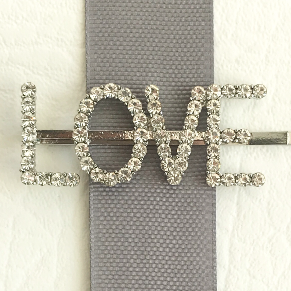 'Love' Hairclip