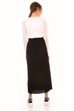 Load image into Gallery viewer, Women's Elastic Waist Pleated Black Midi Skirt