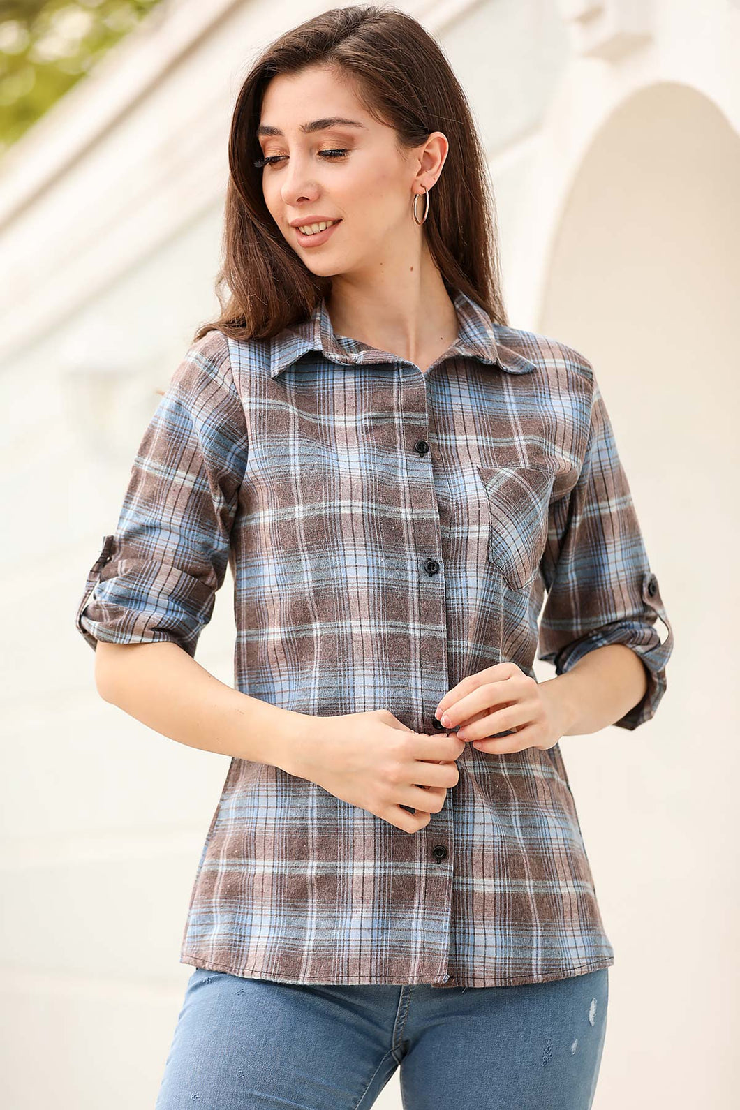 Women's Roll-up Sleeves Plaid Shirt