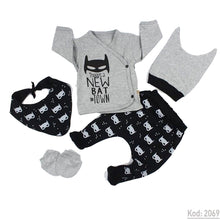 Load image into Gallery viewer, New Born Baby's Printed 5 Pieces Outfit Set