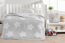 Load image into Gallery viewer, Baby's Star Pattern Light Grey Cotton Blanket