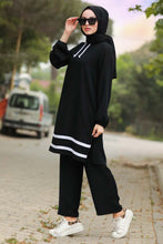 Load image into Gallery viewer, Women's Striped Black Modest Tunic Pants Set