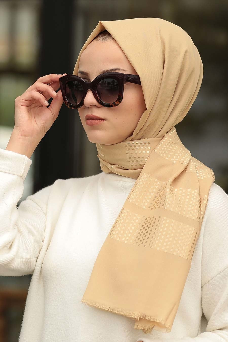 Women's Patterned Gold Shawl