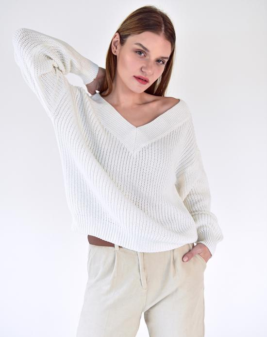 Women's V Neck Ecru Sweater