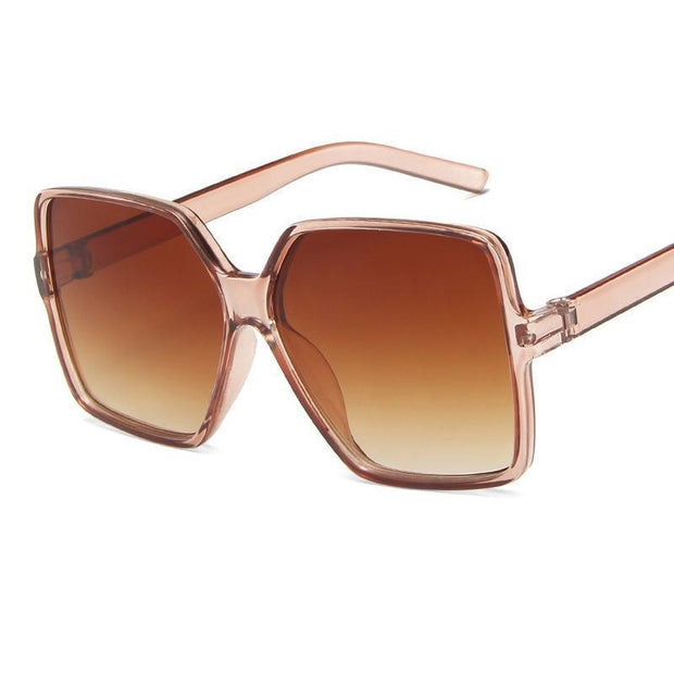 Modelo London  <br>Gafas de sol rectangulares.