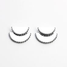 Load image into Gallery viewer, Kahn v Earrings