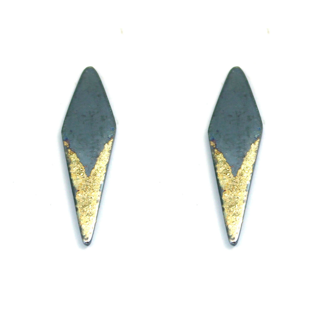 Gold Dust Dagger V Studs