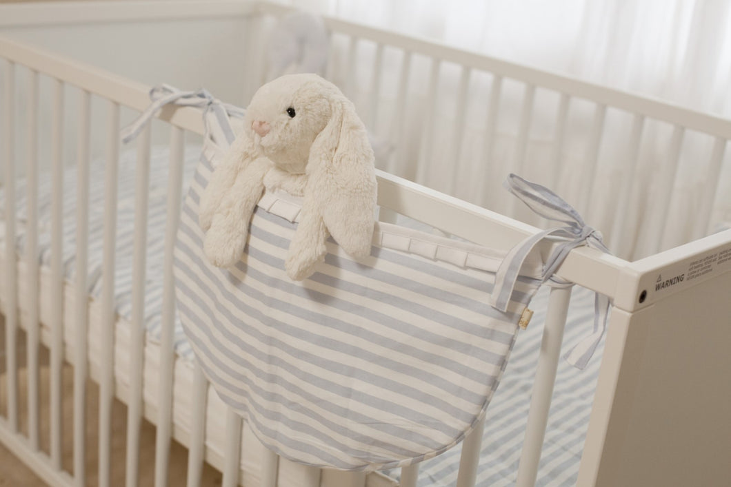 Baby Crib Set D&D Collection white and blue strips