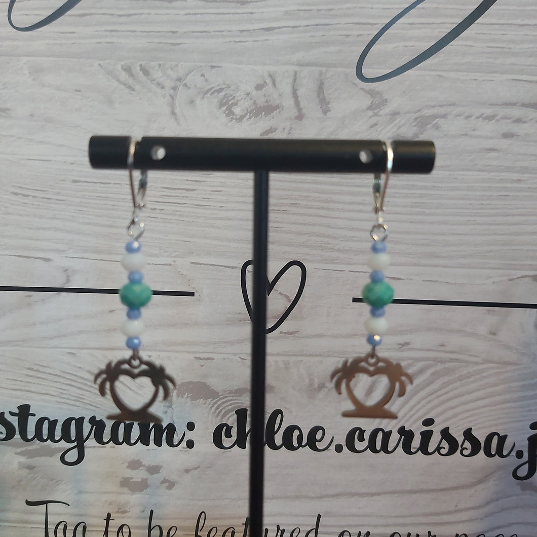 Handmade Vacation Earrings: Style: Travelers Heart
