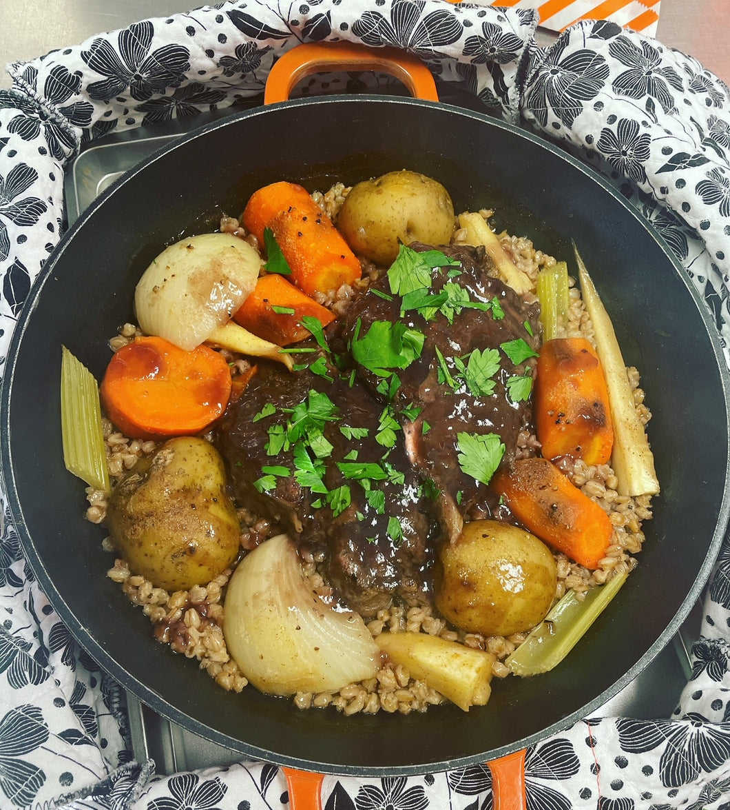 Old Fashioned Pot Roast Dinner Pot from Door Belle Dinners