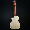 Fender Newporter Player, Champagne 282 4lbs 9.5oz