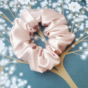 Medium Size Pure Mulberry Silk Scrunchie 22 Momme - Pink silkdelux.com