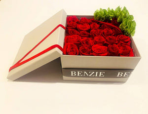 Red Roses Fresh Gift Box - Benzie Gifts