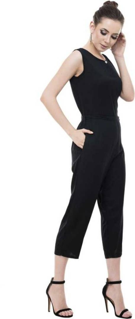 Black Rayon Solid Capri Jumpsuit - Tee-Zoo