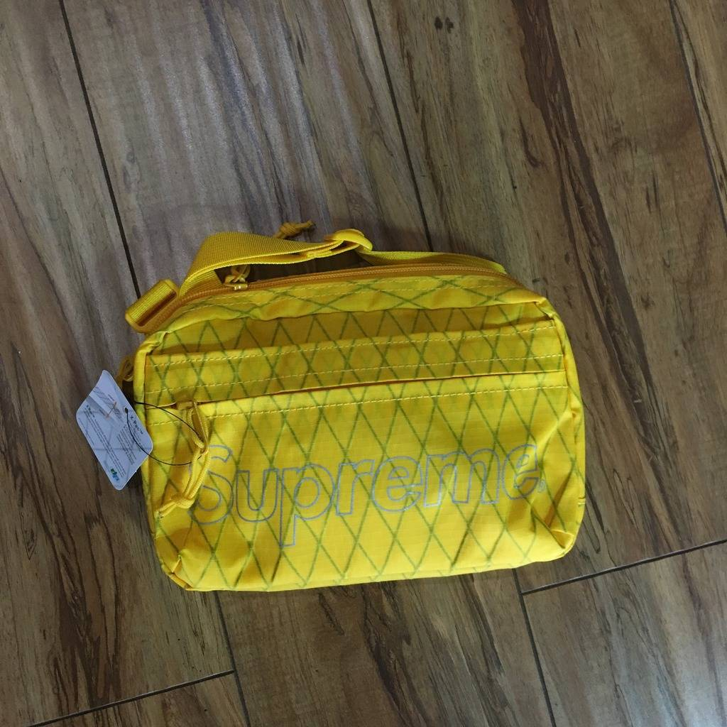 Supreme Shoulder Bag F/W 18' Yellow