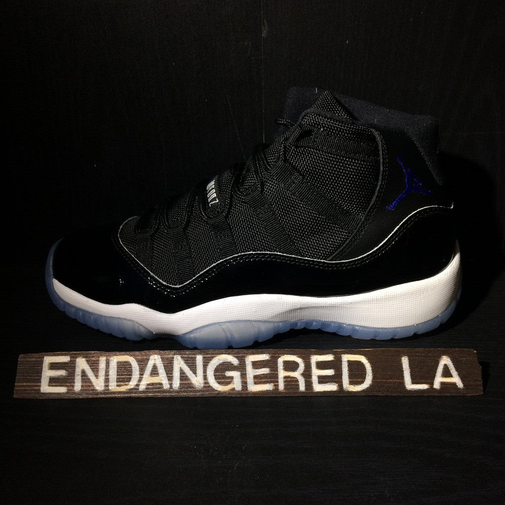 Air Jordan 11 Space Jam 16' Sz 4