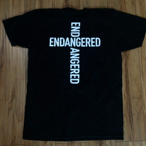 .Endangered Cross Logo Sz XL