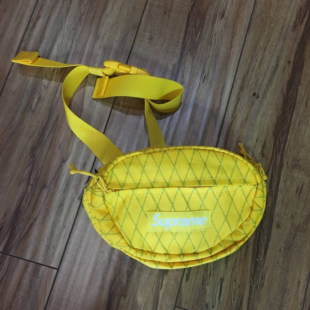 Supreme Waist Bag Yellow F/W 18'