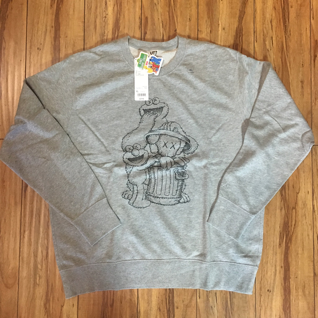 Uniqlo Kaws Crew Neck Elmo/Cookie Monster Grey Sz M