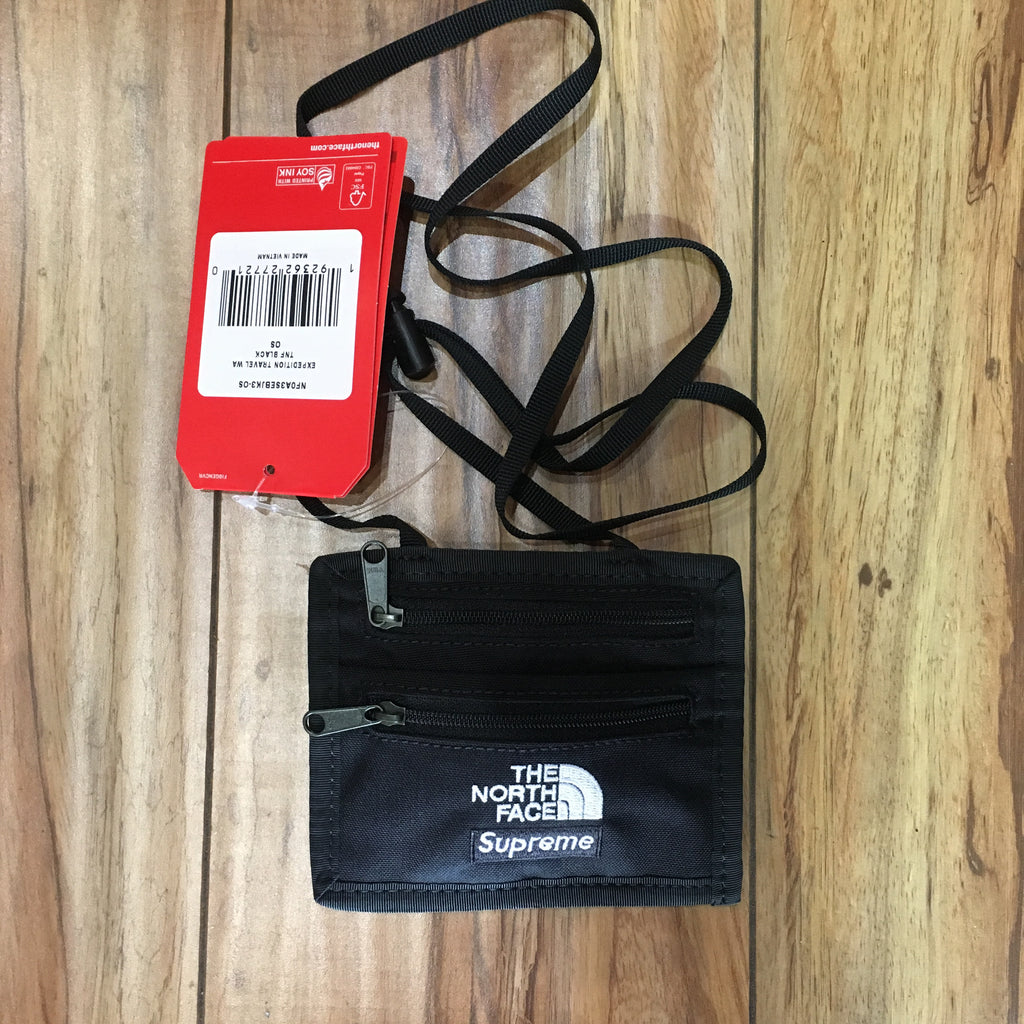 Supreme TNF Travel Wallet Black F/W 18'