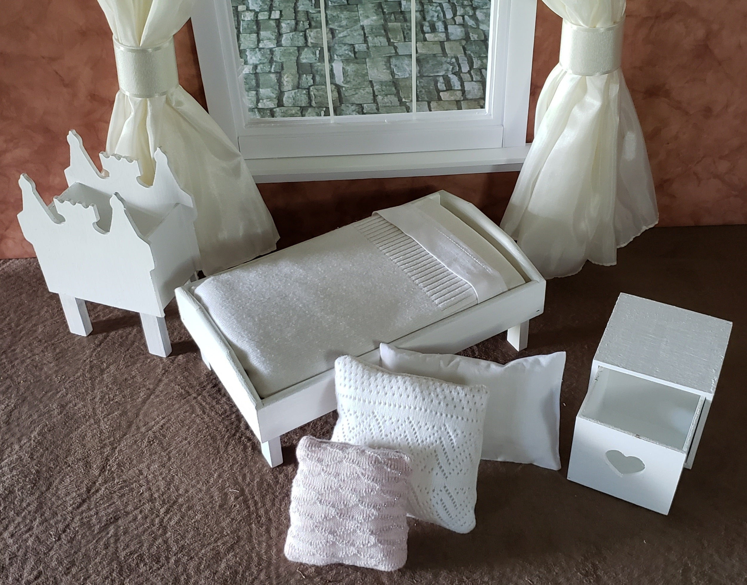 "8""-10"" Doll Beds With Mattress, Bedding and Pillows, Castle Box and Heart Storage Cube"