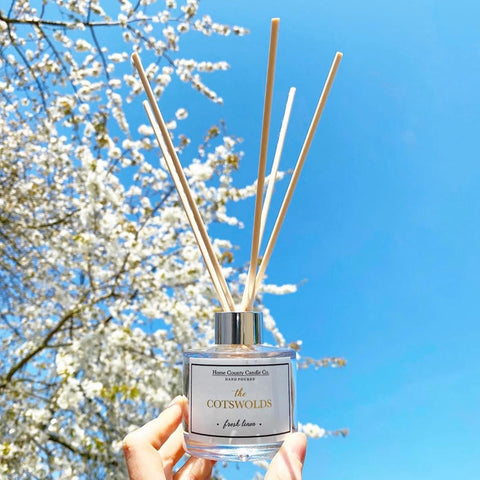 Cotswolds Fresh Linen Reed Diffuser