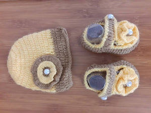 Handmade Cap with Booties