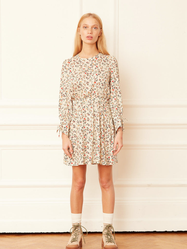 Casey D Short Dress with Open Tie Back Detail in Floral Ditsy