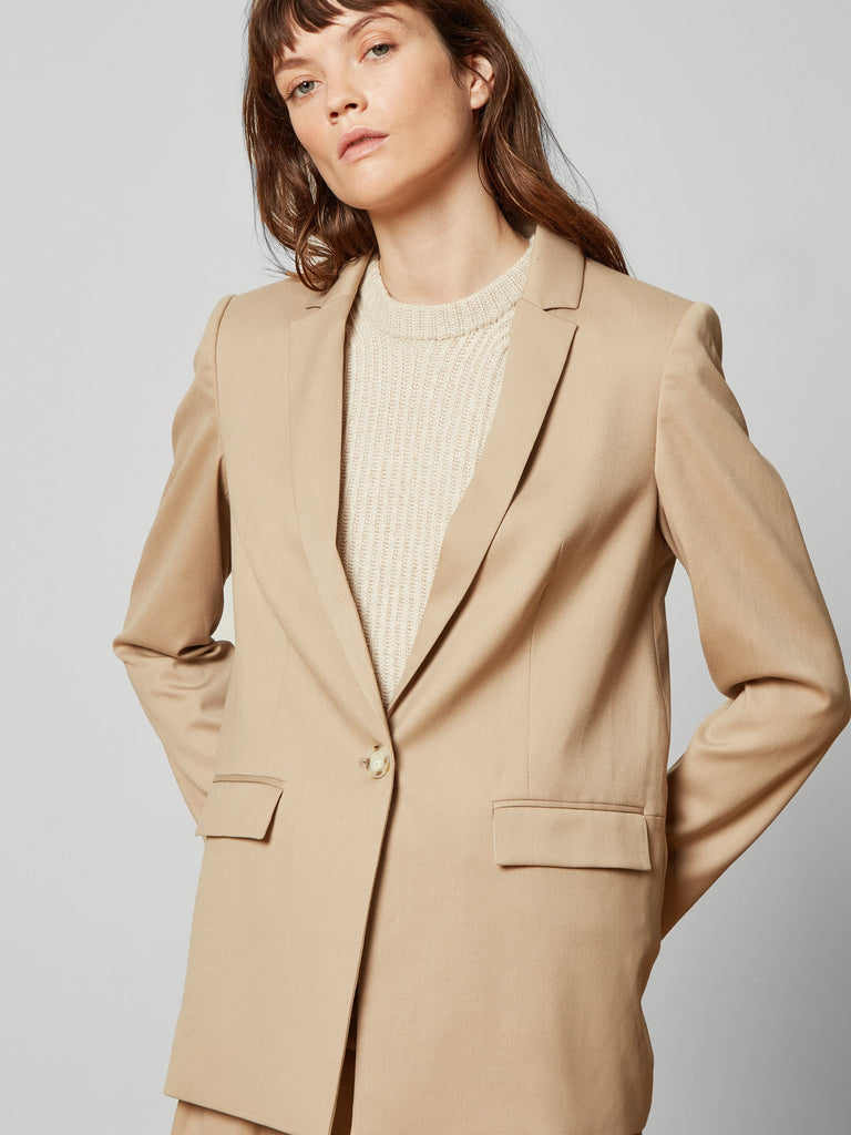 Andrea Single Breasted Blazer