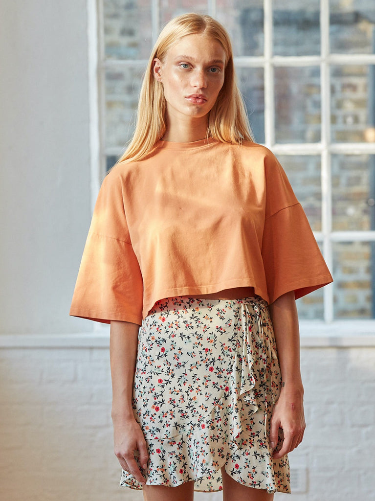 Crosby Cropped Boxy T-Shirt in Apricot