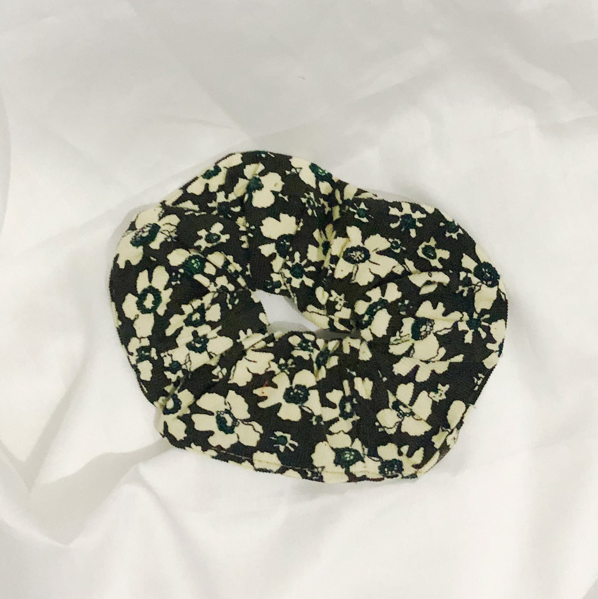 Floral Khaki Scrunchie - Medium