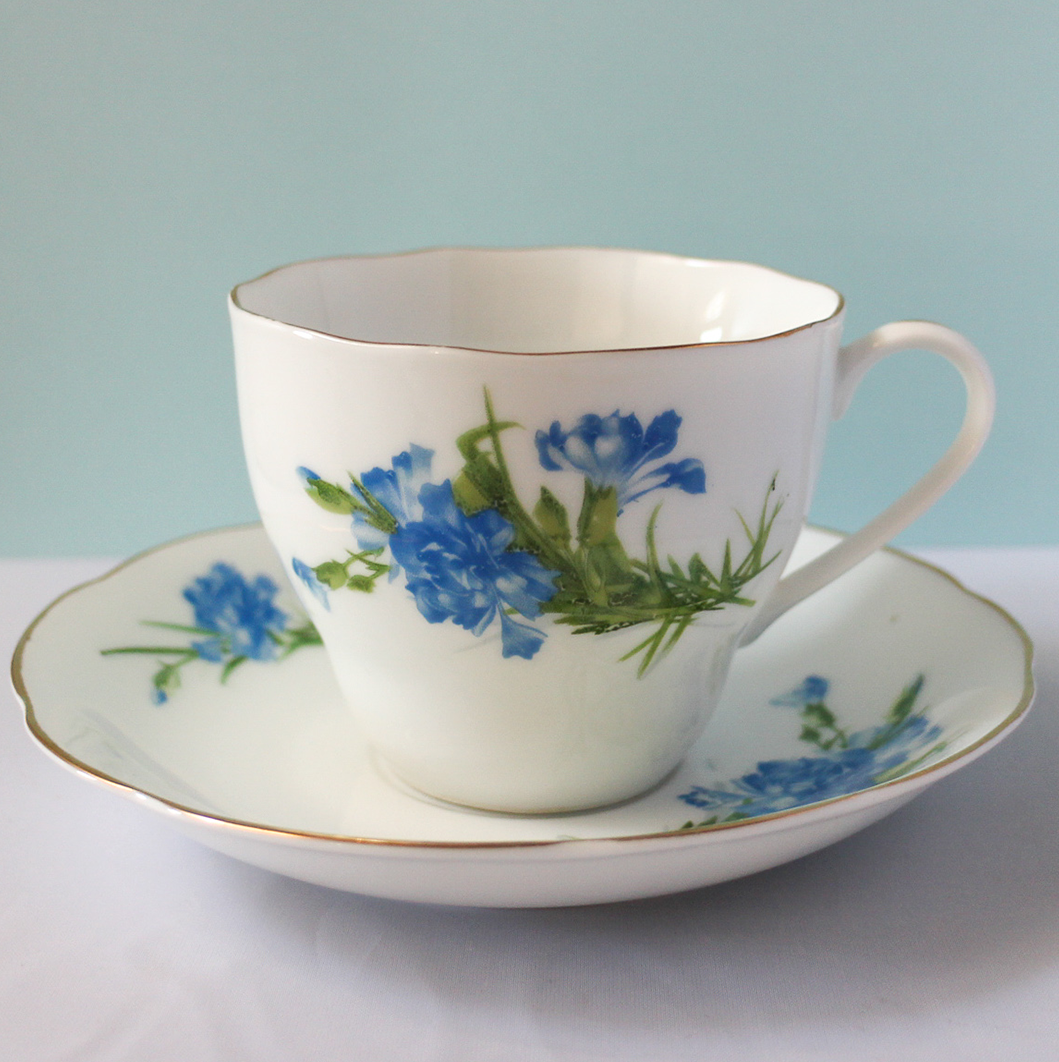 Vintage Teacup - Blue Wildflower