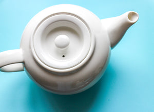White 3 Cup Teapot with Infuser