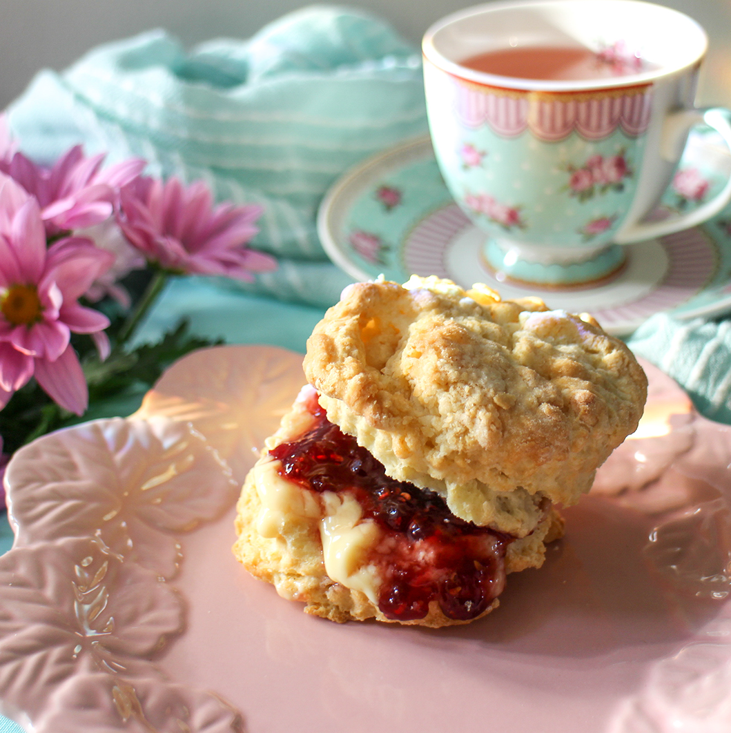 Cream tea Delivery in Hamilton Ontario | Scones Delivered in Hamilton, Ancaster, Dundas, Stoney Creek, Watertown, Mount Hope